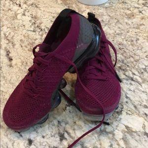 Nike vapormax running shoe